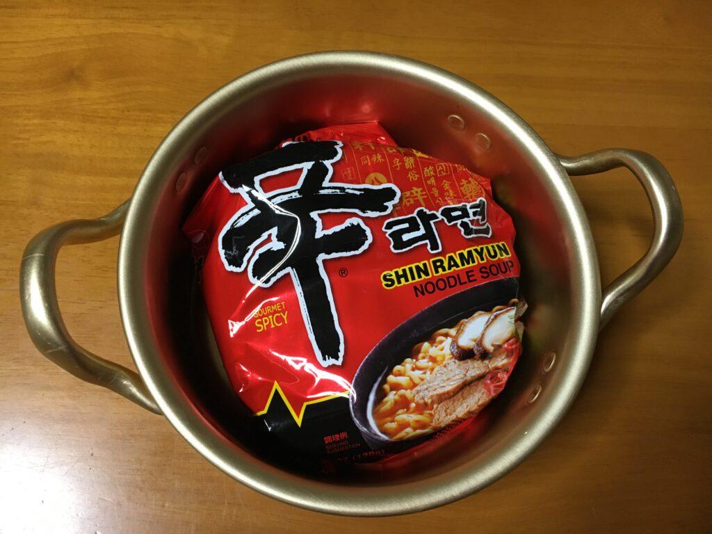韓国ラーメン鍋 サイズ感